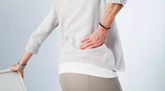 伤腰=伤命:这几个习惯,正在损伤你的腰